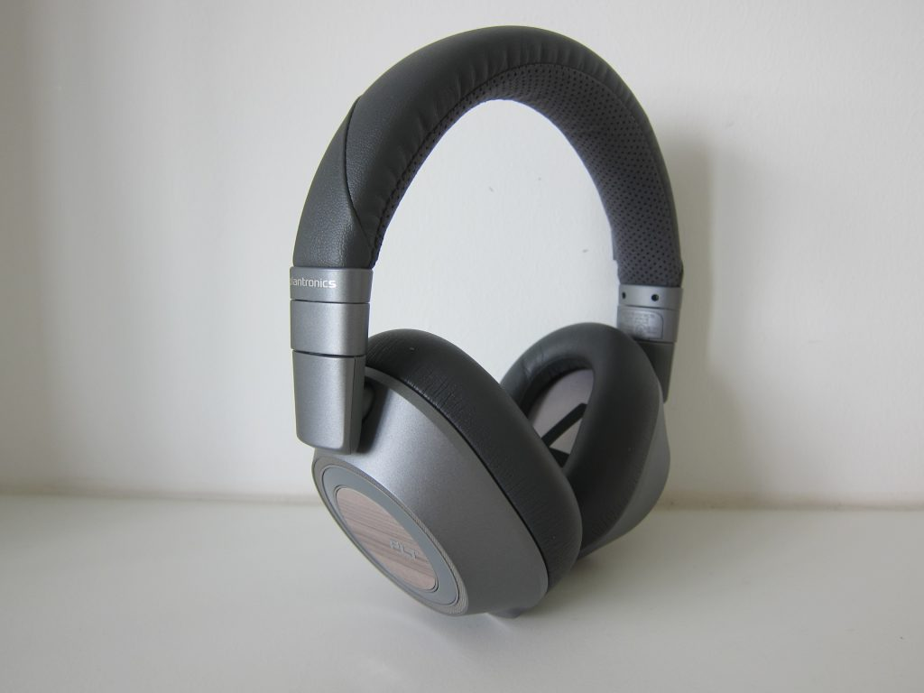 complete noise cancelling headphones