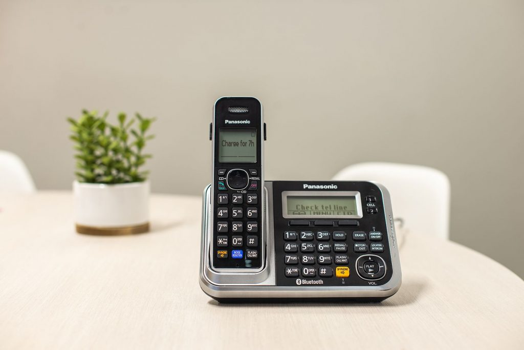 cordless phone for hearing impaired
