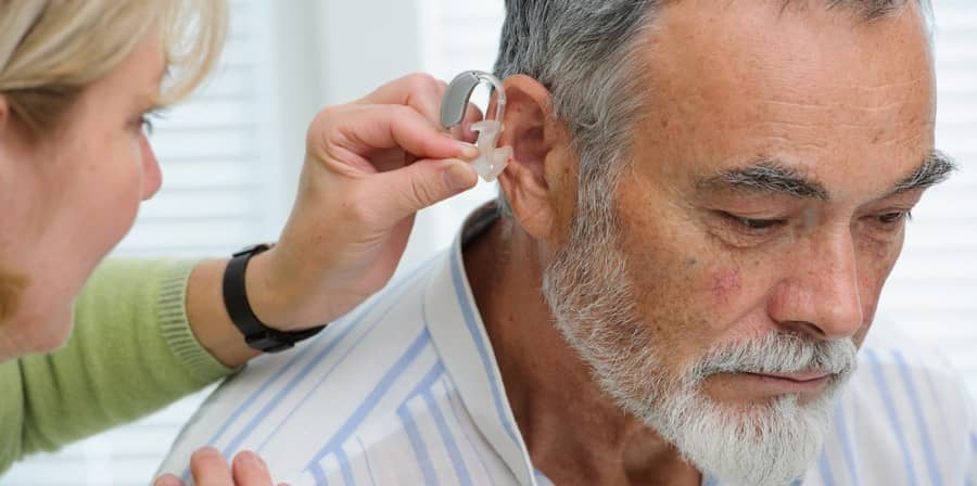 can hearing aids help with tinnitus